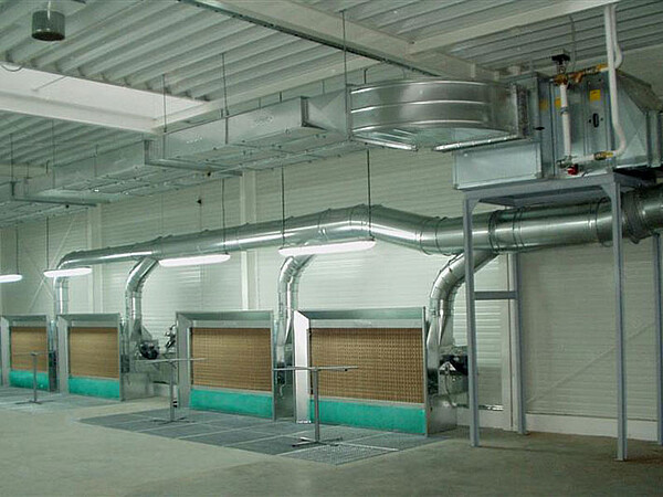 FarbMax paint mist extraction walls with supply air ducting